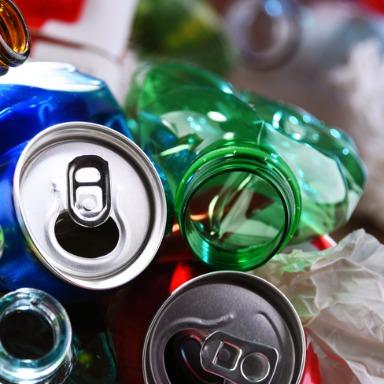 Familia de materiales: usar, reciclar y reutilizar